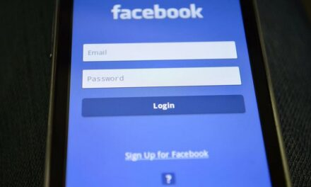 Facebook Rejects Police 'Officer of the Year' Tribute